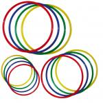 Satz mit 4 bunten Gymnastik-Reifen - in 3 verschiedenen Größen