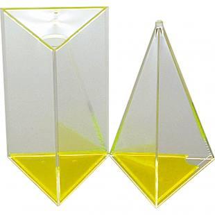 Prisma und Pyramide, 3-seitig